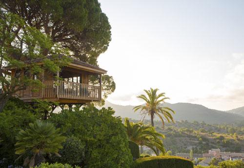 touristik aktuell mallorca bekommt erstes luxus baumhaus wochenzeitung und magazin f r. Black Bedroom Furniture Sets. Home Design Ideas